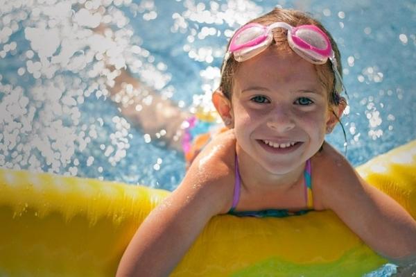 Comment choisir la piscine des enfants for Piscine enfants