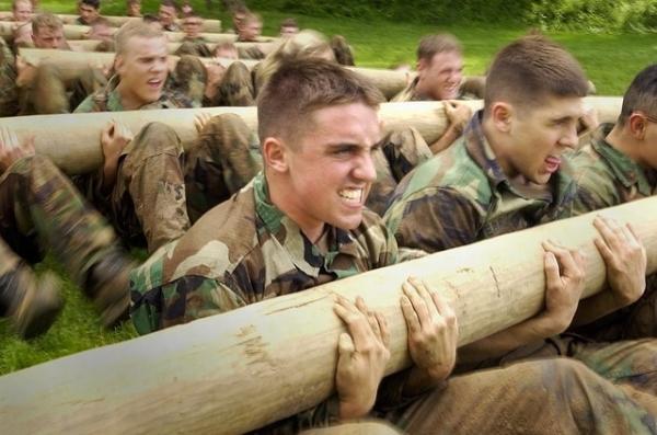 camp entrainement armée