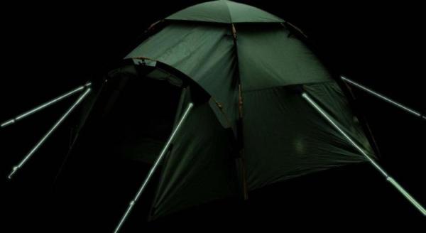 toile de tente avec corde phosphorescente
