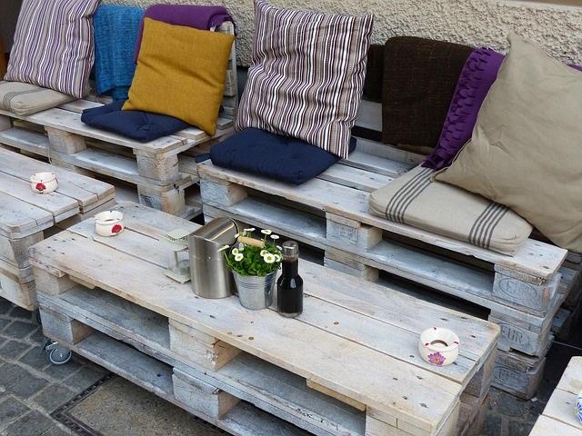 Mobilier fabriqué avec des palettes en bois : meubles décos et écolos !