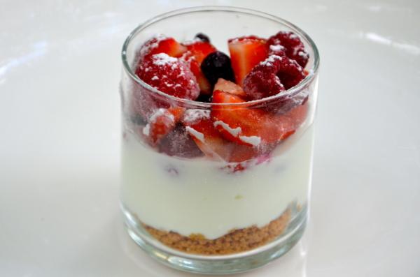 Dessert pas cher bon fromage blanc fruit saison
