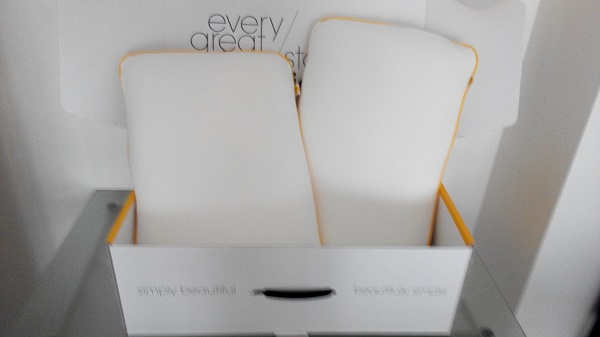 acheter un oreiller sur internet bonne ou mauvaise id e. Black Bedroom Furniture Sets. Home Design Ideas
