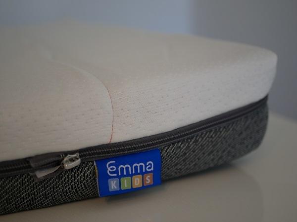 test et avis emma kids matelas b b enfant par emma. Black Bedroom Furniture Sets. Home Design Ideas