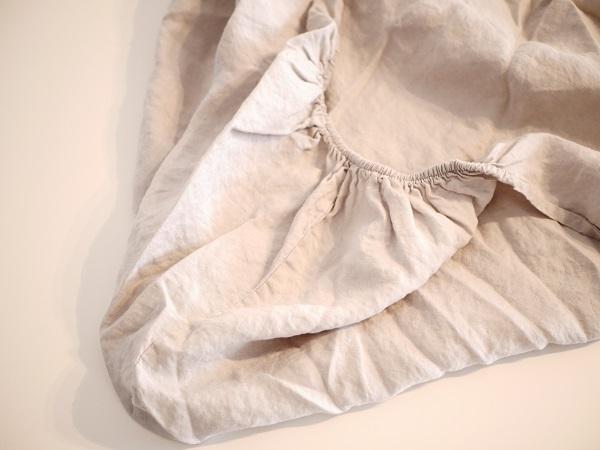 élastique du draps housse en lin Eve.