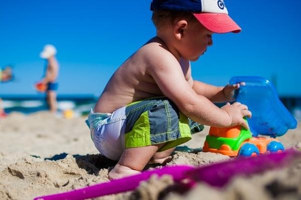 Jouet bébé plage