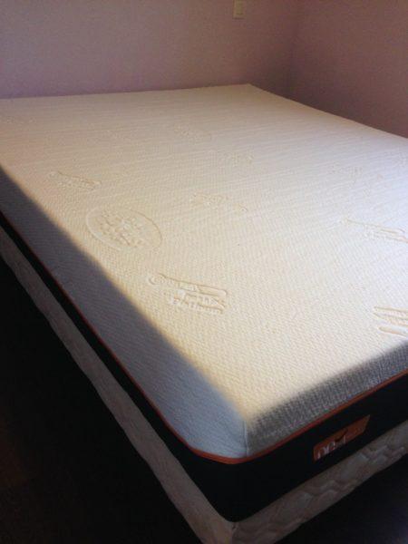 matelas aura avis cool que vaut vraiment luoffre de ce vendeur de matelas en ligne trouvez. Black Bedroom Furniture Sets. Home Design Ideas